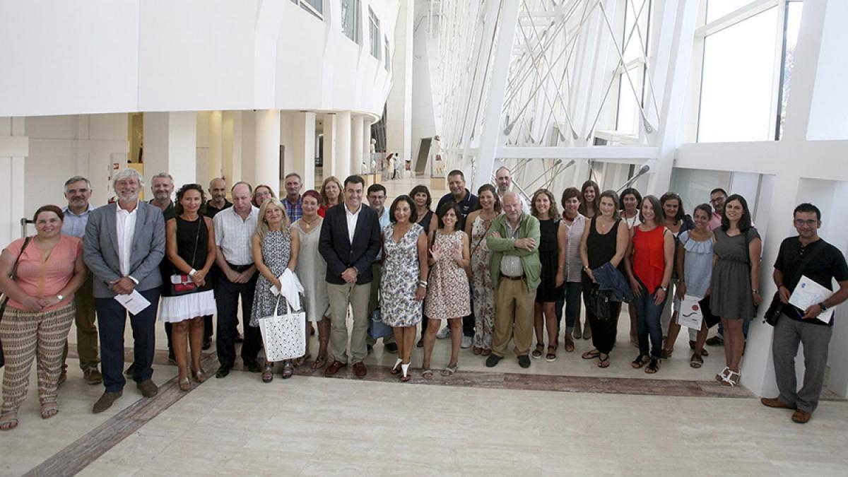 Fundación Menela participou na reunión de traballo liderada polo conselleiro de Cultura, Educación e Ordenación Universitaria, Román Rodríguez, para abordar os retos da educación inclusiva en Galicia