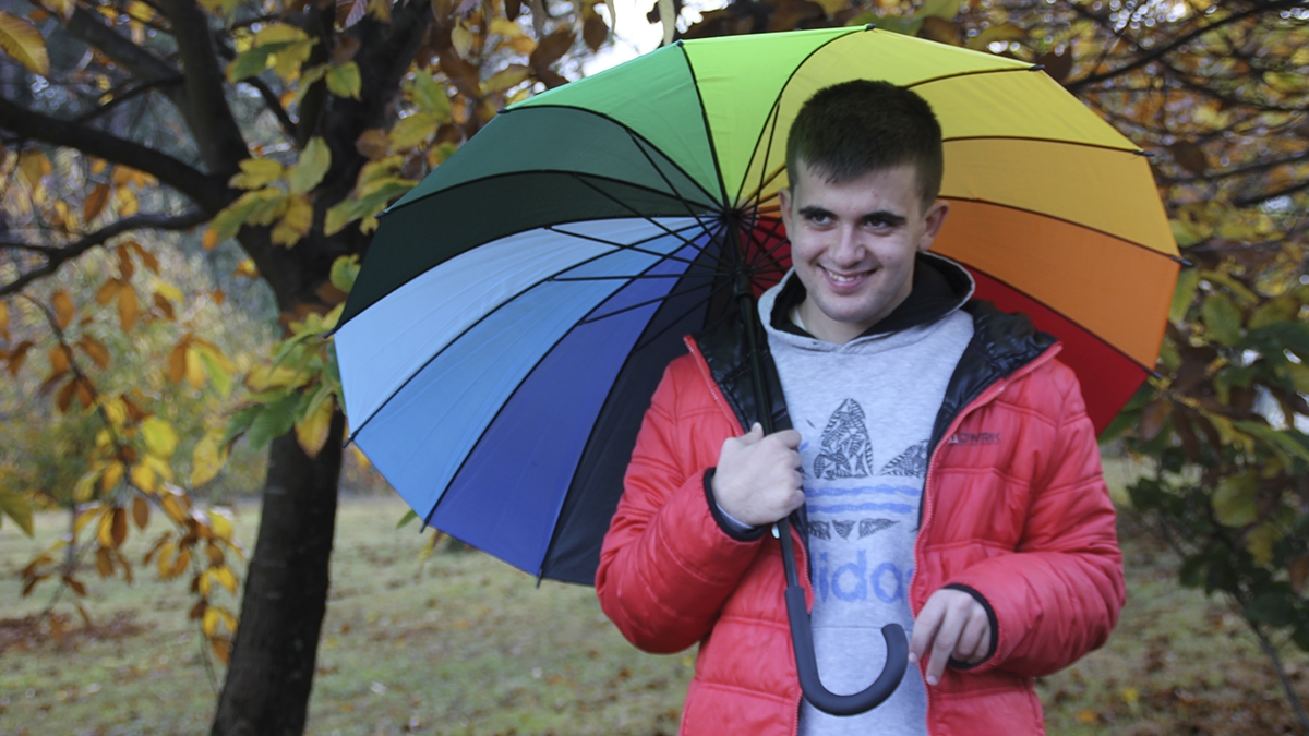 Organizamos unha gran paraguada de cores para conmemorar                                                                o Día Internacional da Discapacidade